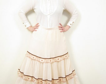 Vintage Long Skirt in Ivory  Cotton with Brown Lace Trim / Maxi Skirt in Micropleat / Large