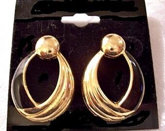 Jet Black Lacquer Hoop Pierced Post Stud Earrings Gold Tone Vintage Large Door Knockers Round Bead Ribbed Swirl Lines