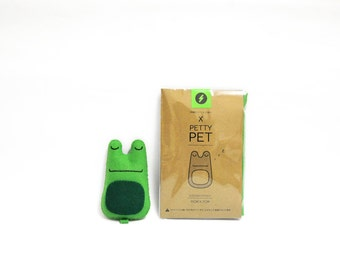 Make You Own Petty-Pet Sleeping Froggy Sewing Kit