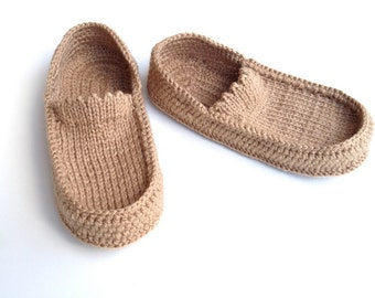Womens Slippers ,Crochet Slippers ,men crochet shoes / women house slippers Loafers  home socks Knit slippers winter gifts senoAccessory