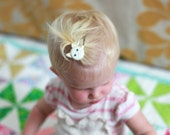 Kitty Cat Cream Hair Clip