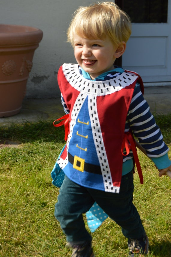 Items similar to Kid s King Dress Up Costume cotton