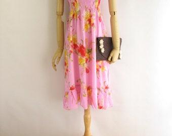 SALE! /// Vintage pink floral dress. Tropical Boho dress. 80s pink dress. Floral tropical dress. Strapless dress. drop waist.