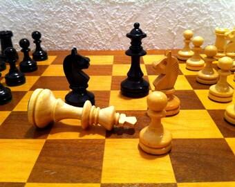 1970s Staunton Chess Set Vintage
