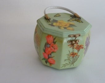 1960's Fun Box purse with white plastic handle.....Absolutely charming ....a true conversation piece.