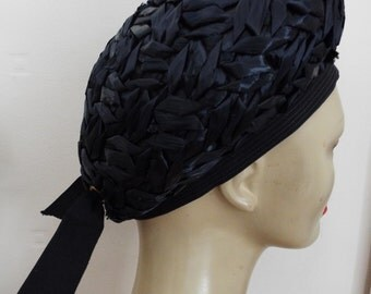 VINTAGE Ladies Hat 1960's Navy Taffeta Straw Beret Style hat with tie back From Sears Millinery Size Large