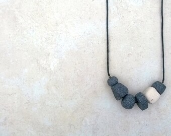 Geometric Clay Concrete Bead Necklace || Faceted Polymer Clay Beads || Polymer Clay Necklace || Gray / White