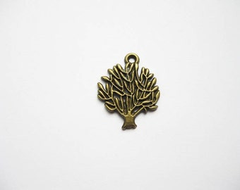 SALE - 8 Tree Charms in Bronze Tone - C787