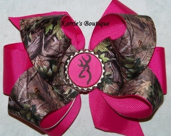 Camo Hair Bow or Headband / Mossy Oak & Hot Pink / Deer / Flower Girl / Pageant / Photo Prop / Infant / Baby / Girl / Toddler / Boutique