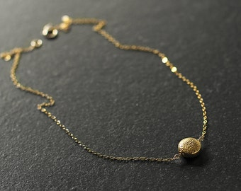 Dahlia - minimal 14k gold vermeil necklace - delicate gold necklace - gold pendant necklace - gold circle necklace - gift for mother