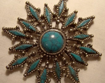 Funky Faux Turquoise Pendant on Chain Necklace c1960s