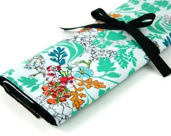 Large Knitting Needle Case Organizer - Tangle Moss - multi 30 black pockets for all size needles or paint brushes