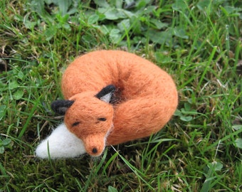 Needle Felted Sleeping Fox Woodland Forest Animal
