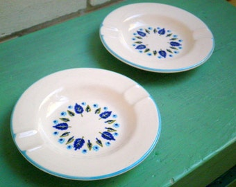Vintage Marcrest Swiss Chalet Ceramic Ashtrays - Set of 2 - Mid Century Cottage Chic Alpine Design