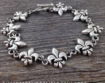 Fleur de Lis Bracelet, Fleur Bracelet, Silver Fleur de Lis Bracelet, Silver Bracelet, 2017 Christmas Gift Idea for Woman, Toggle Clasp