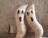 CustomerAppreciation Sale Primitive Halloween Ghost Ornies ready to ship