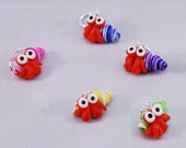 Cute Hermit Crab knitting or crochet stitch markers - Set of 5