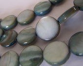 1 Strand 9-10mm Flat coin circle Shell beads - Grey -- NB18a