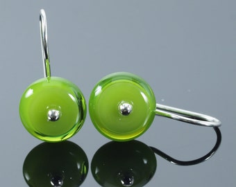 Short Glass Circle Earrings in Green