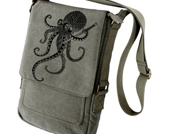 Zentangle Samurai Octopus Military Style Ipad Bag