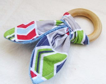Natural Wooden Teether with Crinkles -Geometrix Chevron with Minky dot backing - New Baby Gift - Natural Teething