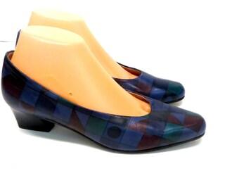 Wearable Art Vintage 80s Blue Multi Color Leather Pumps Sz 8 Block Heels