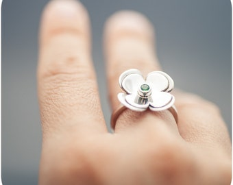 Precious Lucky Clover Ring - Tsavorite garnet and sterling silver ring