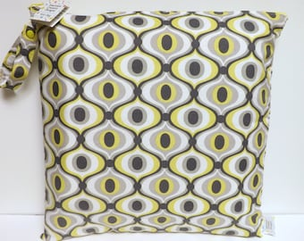 Large Wet Bag - Wet Bag - 17 X 17 - Groovy Citron