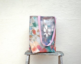 Impressionistic Tote Bag. Vintage German Decoration Fabric. Colorful Abstract Flower Art. Market Bag with Pink Handles and Buttons.