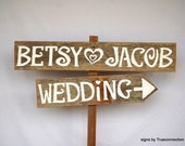 Arrow Wedding Signs, Rustic Wedding Signs, Wood Wedding Signs,Wedding Name Signs, Country Wedding Decor, Wood Arrow Sign, Personalized Sign