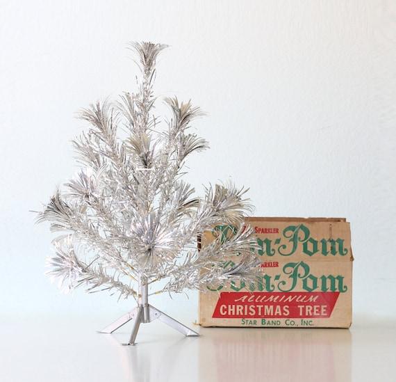 Aluminum Pom Pom Christmas Tree