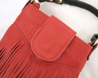Red and Distressed Black Crossbody Fringe Bag - Leather Flapper-Inspired Boho Purse w  Extra Long Adjustable Strap