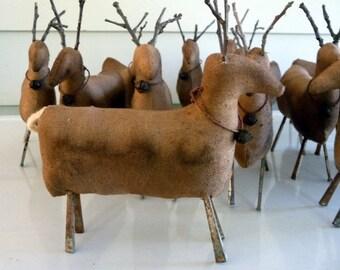 Primitive deer reindeer prim Christmas tuck bowl filler ornie