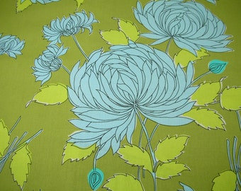 Amy Butler fabric Chrysanthemum in Okra Belle collection - 1 yard