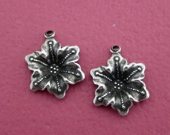 NEW 2 Silver Flower Charms 3523