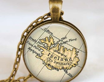 Iceland country map necklace, Iceland map pendant , iceland europe jewelry  friend family gift idea, map jewelry