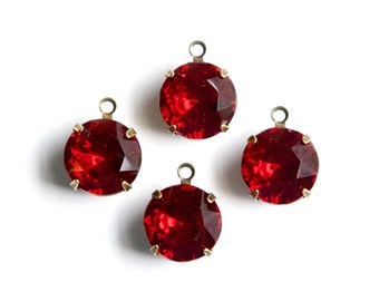 Ruby Red Faceted Glass Stones 1 Loop Brass Ox Settings 12mm rnd011HH
