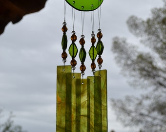 Windchime Lime with Amber Stained Glass