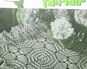 Vintage Clarks Pineapple Fan Fair Doilies Crochet Pattern Book