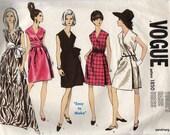 Vintage Vogue 1850 Basic Dress Cocktail Red Carpet Evening Dress Sewing Pattern Size 8
