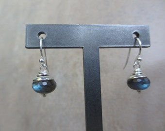 Modern Blue Green Labradorite Sterling Silver Earrings, Rondelle, Minimalist, Irisjewelrydesign