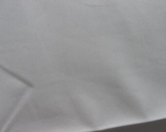 Moda Bella Solid - off white - LAST PIECE
