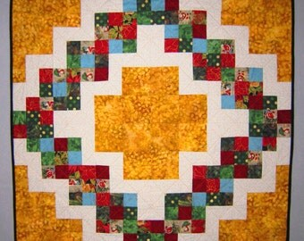 CHRISTMAS WREATH Quilt from Quilts by Elena