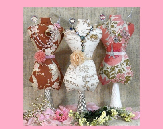Large Mannequin Dress Form PDF Pattern - jewelry holder Pincushion Pin Keep email primitive pinkeep cushion