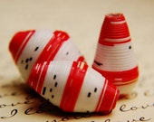 28C Say I love you with these  Red and White with touches of black Pre Cut Paper Bead 150 strips of paper to use with your paper bead roller