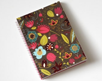 Large Coupon Organizer with 14 Pockets - Pre Printed Labels Included - Brown with Colorful Flowers