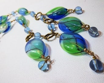 Light as a feather elegant painted blown glass blue and green necklace set