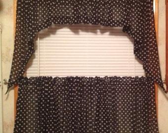 Custom Cafe Curtains