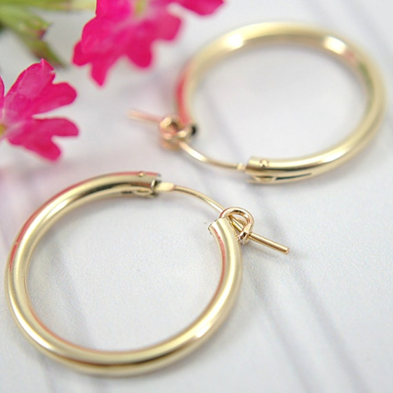 22mm 14k Gold Filled Hoop Earrings Medium Size 825 Inch. Cloudy Pendant. Native Pendant. Steel Pendant. Male Gold Pendant. Pearl Necklace Pendant. Cord Pendant. Hand Pendant. Gold Liberty Coin Pendant