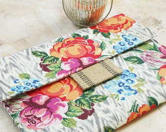 15 MacBook Air/Pro Case, laptop cover, macbook sleeve, gadget cases and covers in Sunny Garden